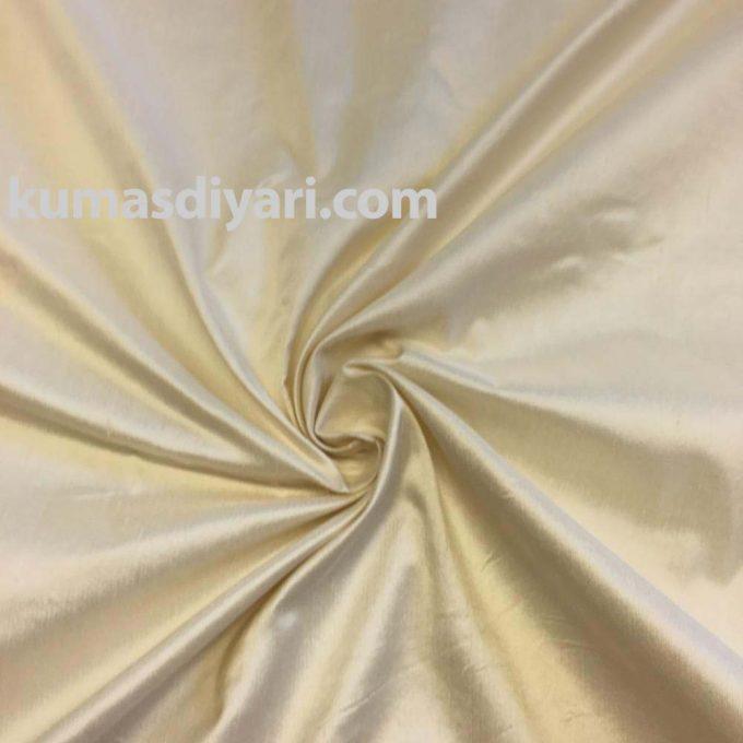 krem şantuk kumaş