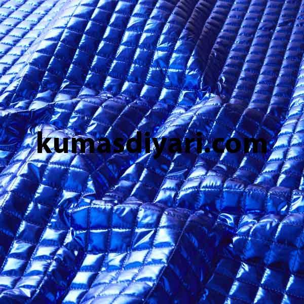 mavi kare montluk kapitone kumaş çeşitleri ve modelleri kumasdiyari.com da